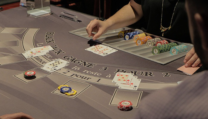 casino-de-larmor-plage-cartes-blackjack