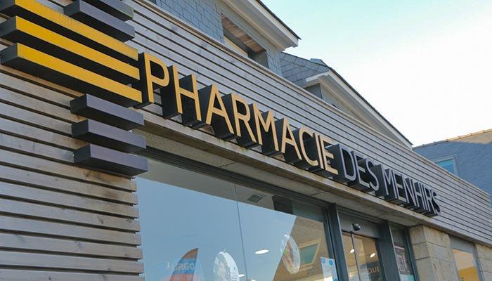 Pharmacie-des-Menhirs-à-Erdeven