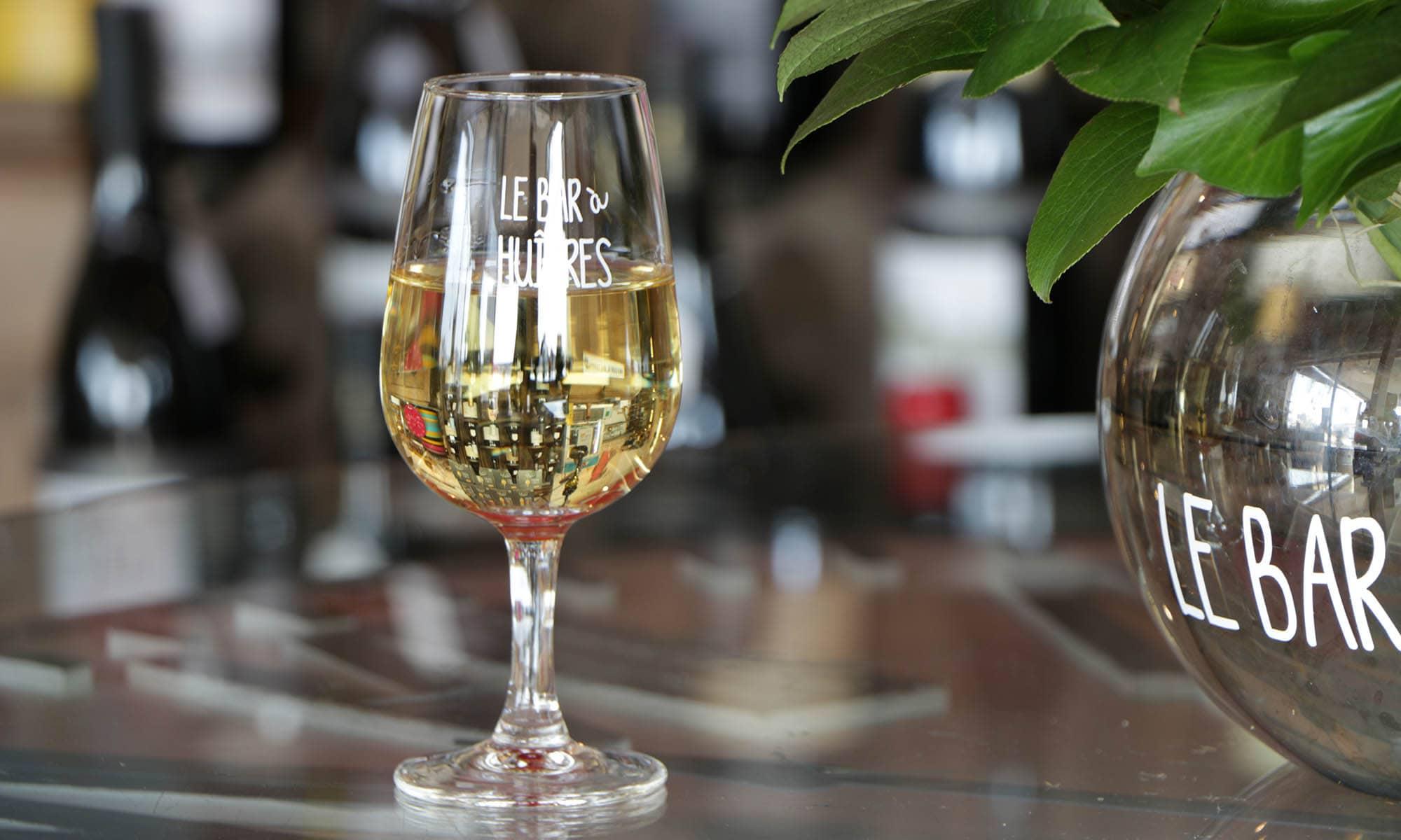 verre-de-vin-blanc