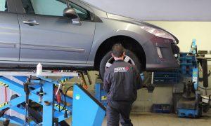 garage-mecanicien-change-pneu-profil-plus